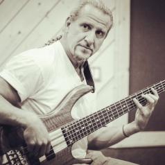 ken-smith-bass
